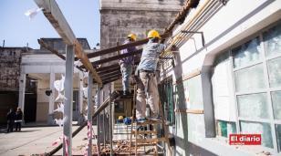 El Gobierno le dará trabajo a 20 mil cooperativistas para reparar escuelas bonaerenses