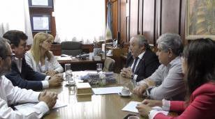 Mesa de trabajo con Nación, Provincia y el Municipio para resolver los problemas de los Bomberos Voluntarios de La Matanza