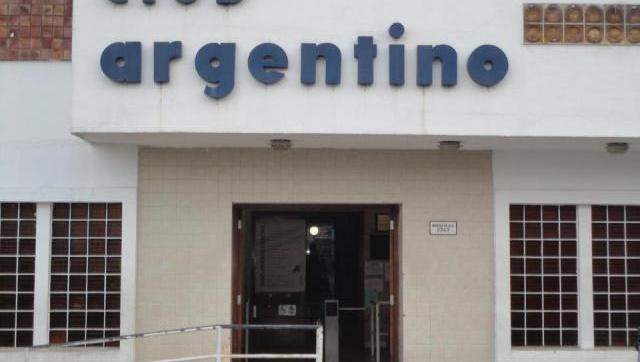 Kosowski seguirá al frente del voley del Argentino de Castelar