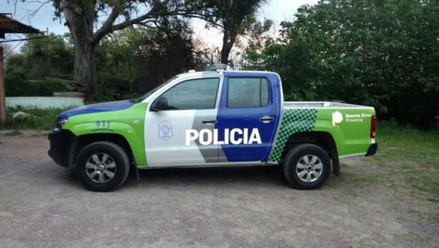 Morón insólito: detienen a delincuente, se bajan del patrullero y el ladrón y su cómplice se fugan con el móvil