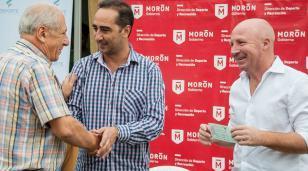 Mac Allister y Tagliaferro entregaron recursos económicos a 11 clubes del Distrito