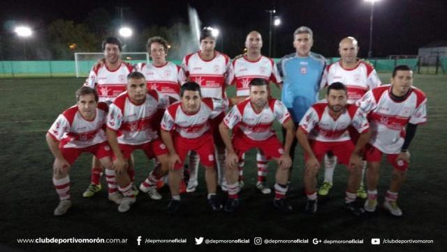 El Gallo debutó en el fútbol senior