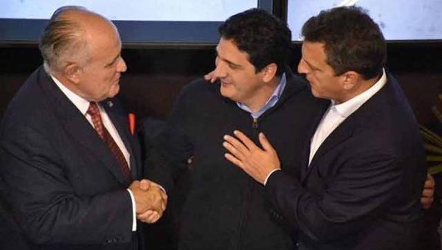 Marinucci, junto a Massa y el ex alcalde de Nueva York Giuliani