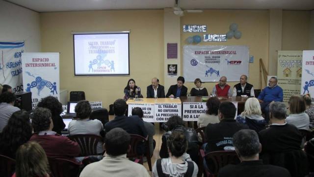 Jornada en defensa de los derechos de los trabajadores en SUTEBA Morón