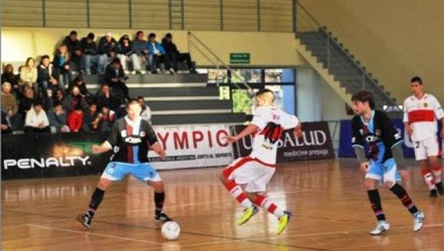 Futsal: el Gallo no puede ponerle fin a su racha negativa