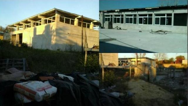 Reclaman al intendente por el abandono total de las obras de infraestructura educativa