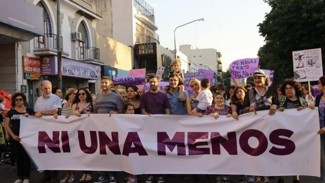 Morón volvió a marchar masivamente contra la violencia de género