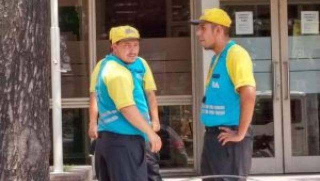 In fraganti: descubren a agentes de tránsito porteños aplicando multas a los vecinos de Morón