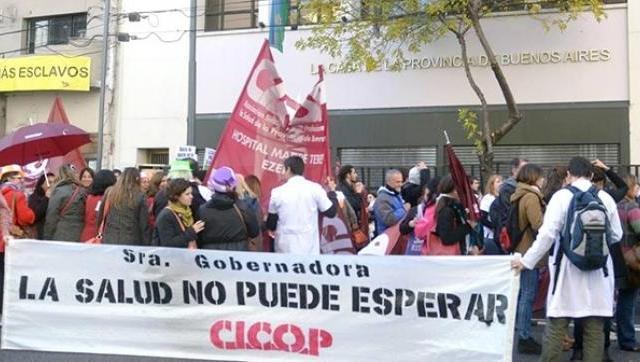 Los profesionales de la Salud le reclaman a la gobernadora Vidal que cumpla la paritaria