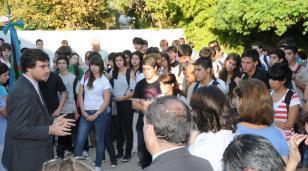 """Ghi a Vidal: """"No se puede desconocer a los miles de estudiantes que son los primeros de la familia que van a la universidad"""""""