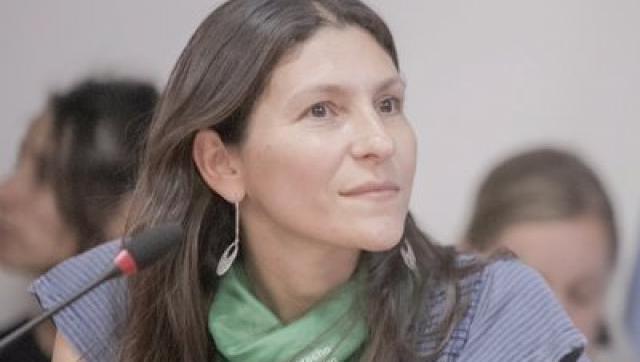 La moronense Mónica Macha presenta en el Congreso Nacional el proyecto de ley