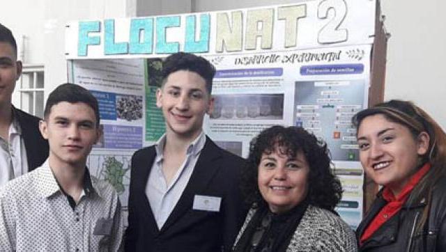 Alumnos de la Técnica 1 de Ituzaingó premiados por un proyecto de potabilización de agua