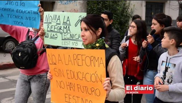 Tagliaferro en problemas: la oposición pide declarar Emergencia Educativa en Morón