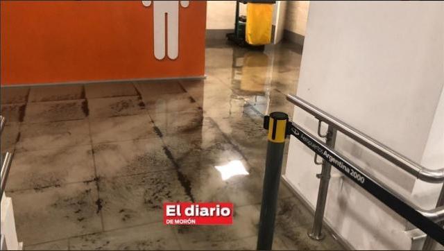 Aeropuerto de El Palomar inundado nuevamente