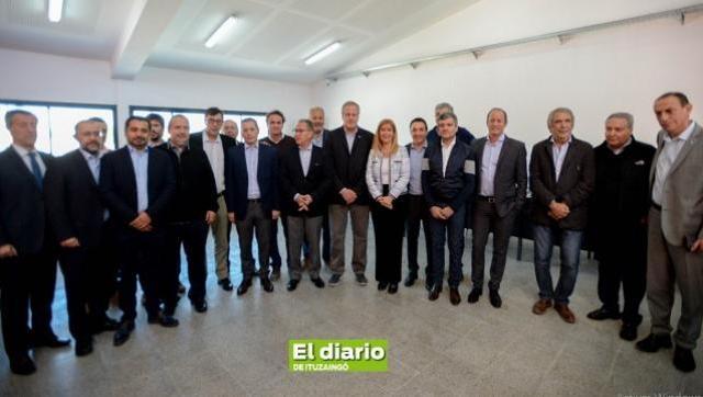 Encuentro de Intendentes peronistas para buscar soluciones a la crisis social y económica