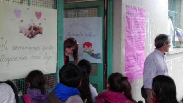 A tres meses de la explosión, la Escuela 49 vuelve a clases
