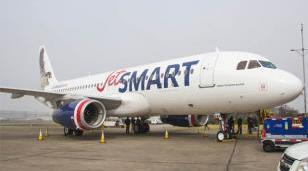 La low cost JetSmart que opera en Palomar tuvo un aterrizaje fallido