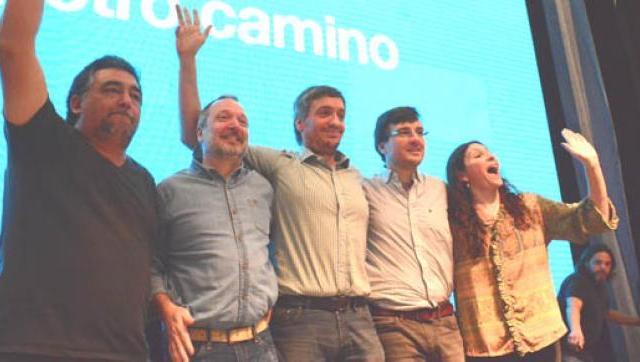 El ex intendente Lucas Ghi y Máximo Kirchner encabezaron un acto en Morón