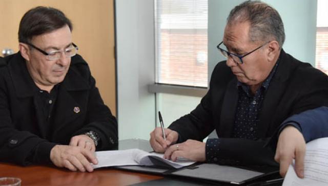 Convenio con la cruz roja para ofrecer un servicio de tele asistencia a adultos mayores