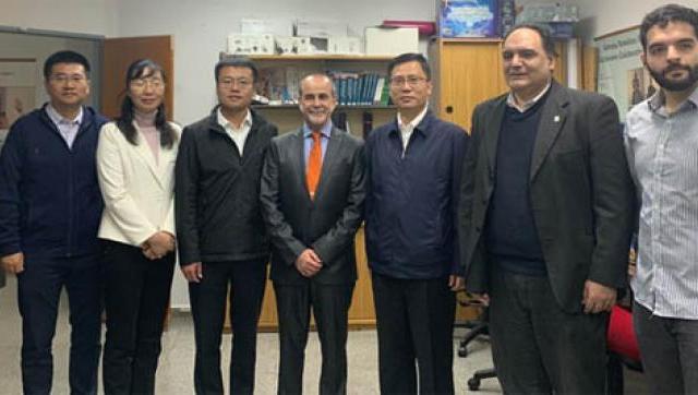 Visitas de delegación china al CAETI