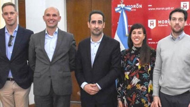 Tagliaferro recibió al embajador de Holanda por el proyecto para sanear el Arroyo Morón