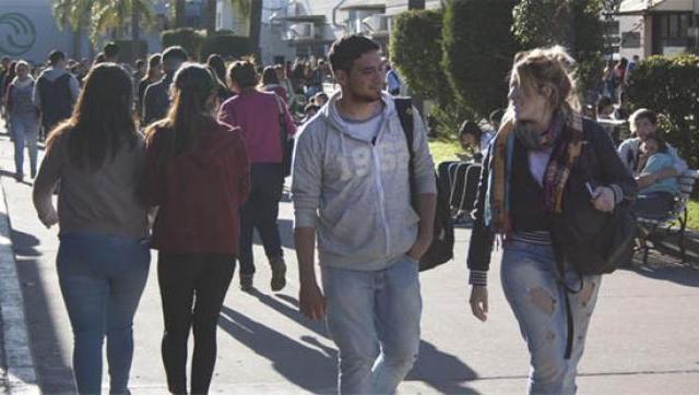 La UNLaM acerca oportunidades laborales para sus estudiantes