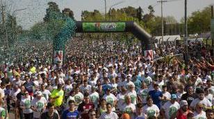 Hubo casi 20 mil corredores en el sexto Maratón UNLaM