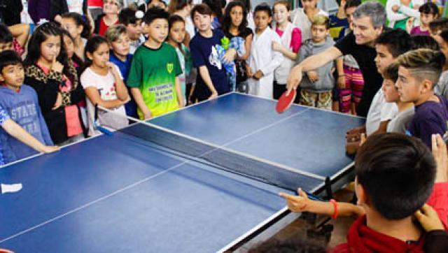 Final del torneo argentino de ping pong para chicos de quinto grado