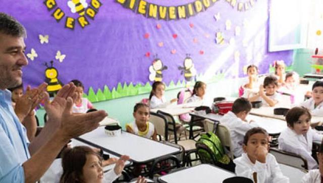 Zabaleta destacó que la educación pública vuelva a ser parte de la agenda del gobierno