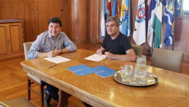 Zabaleta firmó un convenio con el Ministerio de Desarrollo Social para la compra de alimentos y productos de desinfección