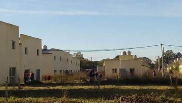 Se reactivan las obras en el complejo habitacional de la Perla