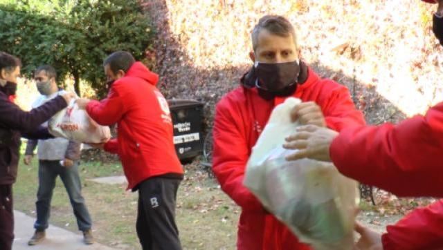 Jornadas Solidarias para la entrega de alimentos en Morón