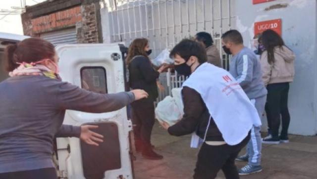 Nueva jornada solidaria de entrega de alimentos en Morón