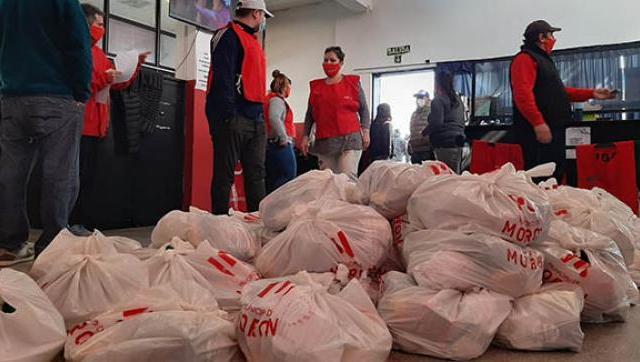 Se entregaron más de 2000 canastas a domicilio