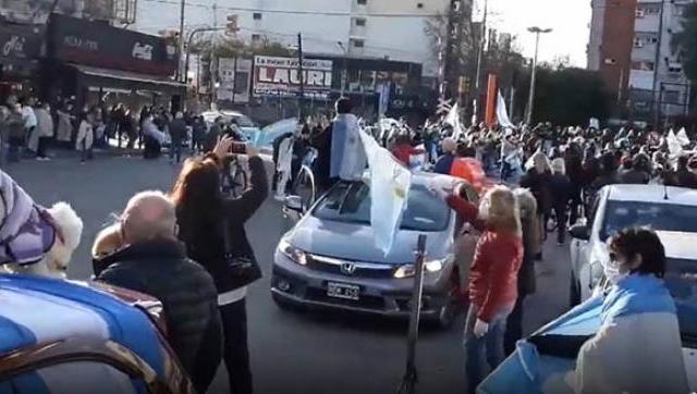 """""""Las manifestaciones son un lugar de altísimo riesgo sanitario"""" advirtieron"""