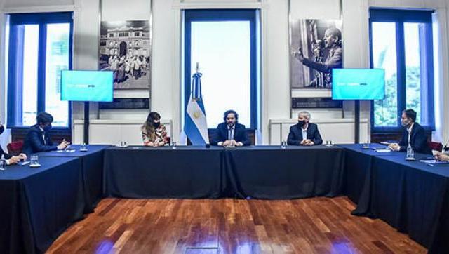 Morón firmó convenios para la digitalización de toda la gestión comunal