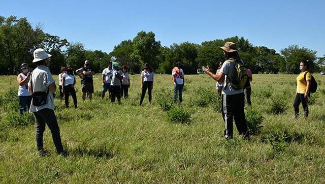 Visita guiada por los terrenos de la futura Reserva Natural Urbana de El Palomar