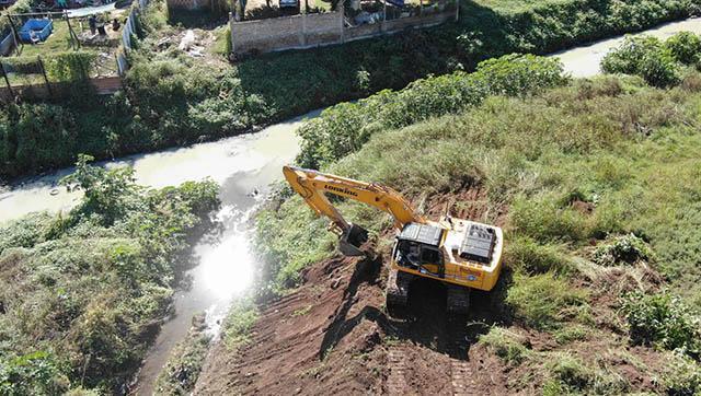 Arrancó la obra de saneamiento del arroyo Los Perros