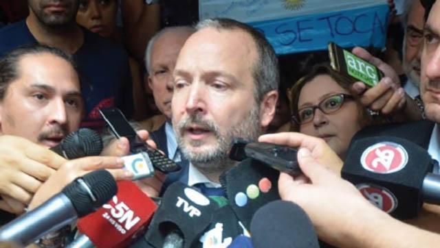 """Sabbatella: """"Intentar que Clarín cumpla la ley, para algunos es un delito"""""""