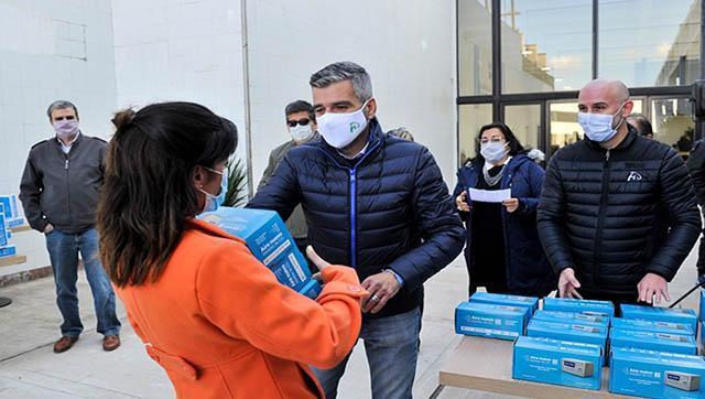 Se entregaron medidores de dióxido de carbono a todas las escuelas del Distrito